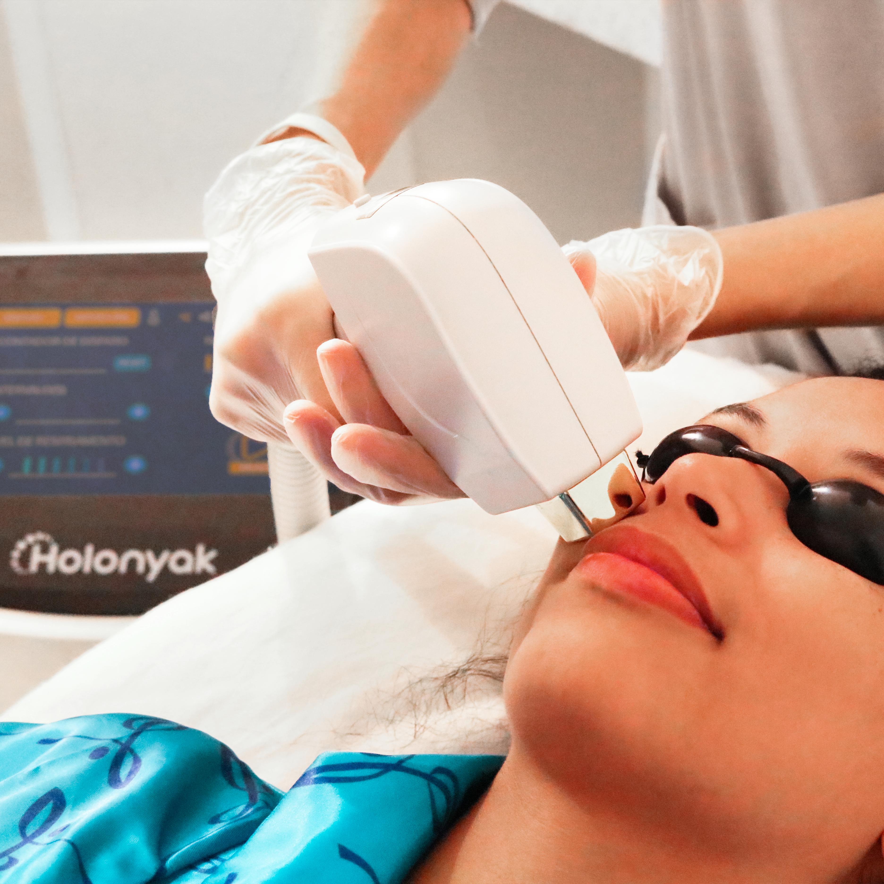 Holonyak Tratamento rosto